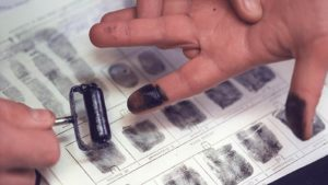 Где можно снять отпечатки пальцев с предмета и сколько будет стоить?