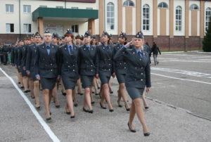Какие экзамены нужно сдавать при поступлении в Высшую Школу Милиции.На следователя.