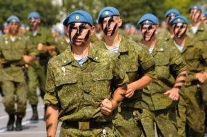 Какие бывают войска в армии? Кроме спецназа, ВДВ, ВВ, МОР-пехов и летчиков.