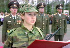 Я медсестра. хочу работать в воинской части. куда я могу обратится?
