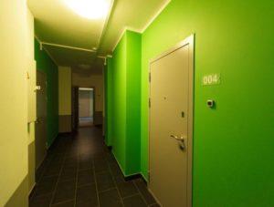 Имеем ли мы право держать в общем межквартирном коридоре шкаф?