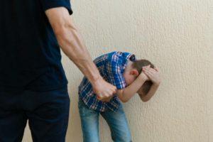 Могут ли посадить ребенка 14 летнего за избиение 12 летнего?